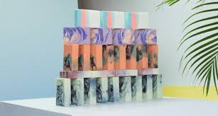 marble wrapping paper the best gifts come in the best looking packages 8 exquisite wrapping