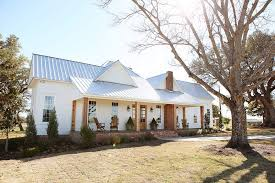 waco texas real estate chip and joanna gaines the modern farm s charm reading eagle homerealestate
