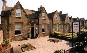 Edinburgh Family Hotels Up To  Deals Book Your Family Room - Edinburgh hotels with family rooms