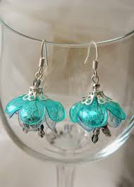 plastic bottle earrings plastic bottles flower earrings simple craft ideas