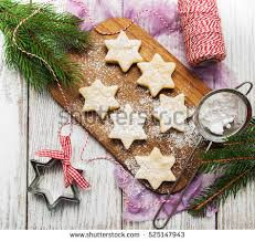 traditional austrian christmas cookies linzer biscuits stock photo