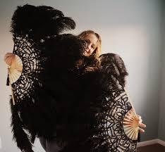 burlesque fans burlesque fans in feathers