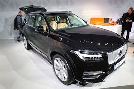 plug in 2016 volvo xc90 t8 estimated to hit 62 mph in 5 9 seconds
