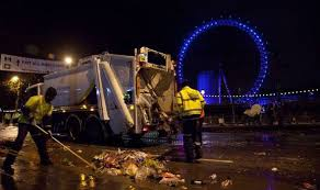 new year s celebrations live new year s day clean up operation takes place after 100 arrest