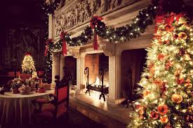 Christmas Decoration For A Fireplace by Christmas Fireplace Garland U2013 On The Mantel Or Above Founterior