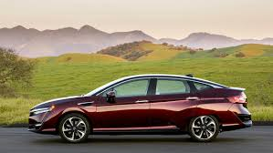 honda hydrogen car price 2017 honda clarity a hydrogen fuel cell car that delivers
