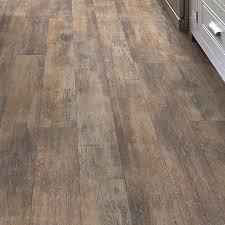 shaw floors momentous 5 43 x 47 72 x 7 94mm laminate flooring in