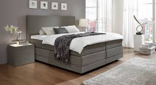 boxspringbett leder grau schlafzimmer mit boxspringbett haus design ideen