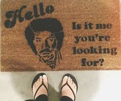Hello Is It Me You Re Looking For Meme - it me you re looking for doormat