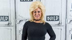 theresa tlc hair styles theresa caputo s weight loss is due to healthy eating and exercise