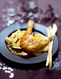 comment cuisiner une dinde de noel recette dinde farcie aux coquillettes et au foie gras
