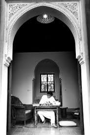 la maison du kilim yves saint laurent dans sa maison de marrakech personnages