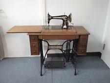 Singer Sewing Machine With Cabinet by Antique Singer Sewing Machine In Cabinet Bar Cabinet