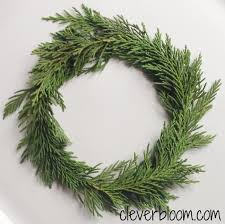 mini wreaths clever bloom