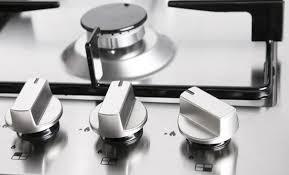 come pulire il piano cottura come pulire e lucidare l acciaio per un risultato perfetto senza