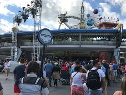 a day in disney visiting on one of the most crowded days of the year