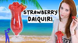 strawberry margarita cartoon how to make a strawberry daiquiri tipsy bartender youtube