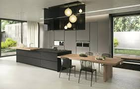 cuisine beige et cuisine noir et bois cuisine noir mat et bois clair