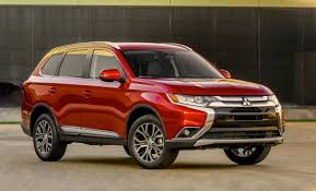 mitsubishi red new look 2016 mitsubishi outlander revealed performancedrive