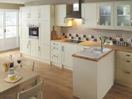 Wickes Fitted Bedroom Furniture by Best 20 Wickes Kitchen Worktops Ideas On Pinterest Wood Effect