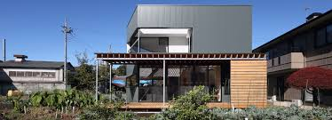 loop plans family orientated plug house in japan