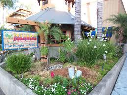 burbank islands restaurants
