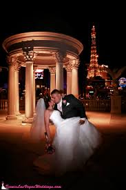 photographers in las vegas wedding chapels in las vegas trey tomsik photography