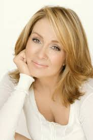 hair styles for deborha on every body loves raymond everybody loves raymond patricia heaton everybody loves raymond