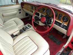 interior bentley bentley eight 6 75 v8 automatic red cream leather interior a c