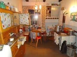 50er jahre k che bild küche der 50er zu daueraustellung lüneburgs 50er jahre in