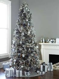 white plastic tree ne wall