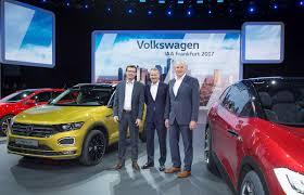 2018 volkswagen t roc goes on sale pricing begins at u20ac20 390 in
