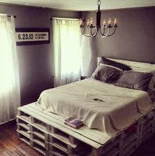 Making A Pallet Bed Diy Queen Size Pallet Bed With Headboard 99 Pallets