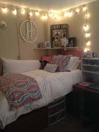 Dorm Room Pinterest by Decor 2 Ur Door Bedding At Lipscomb University Dorm College Dorm