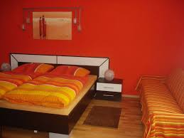 farben für schlafzimmer de pumpink dunkles schlafzimmer
