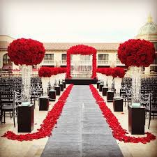 Red Wedding Decorations 90 Best Red White And Black Wedding Flowers Images On Pinterest