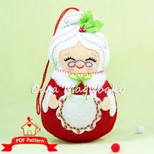 felt mrs claus ornament sewing pattern diy christmas hand