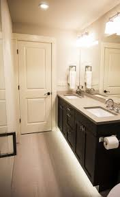 bathroom toe kick lighting interiordesignew com