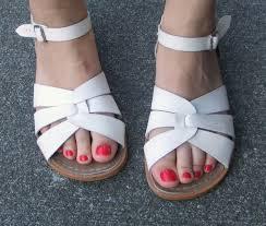 saltwater sandals deals on 1001 blocks