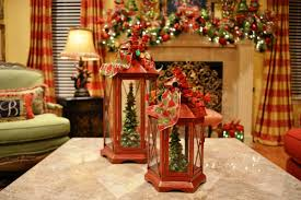 cool lanterns decorated for christmas decorating ideas