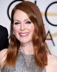 julie ann moore s hair color get the look julianne moore s red meets bronze hair color