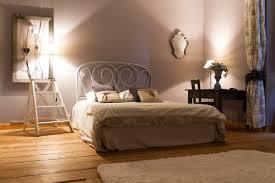 chambre parme et beige accueil chambres d hôtes et gîtes à vertou nantes au gré du hasard