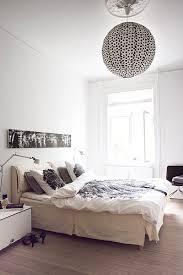 le pour chambre à coucher lustre pour chambre coucher adulte lustre noir et cuivre coach
