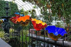 Garden Glass Art Where To See The Out Of This World Glass Art Of Dale Chihuly