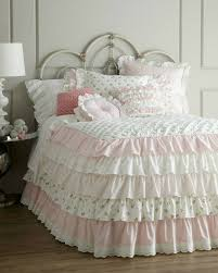Shabby Chic White Comforter by Best 25 Shabby Chic Bedding Sets Ideas On Pinterest Shabby Chic