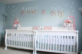 chambre bébé moderne 102 idées originales pour votre chambre de bébé moderne lits en