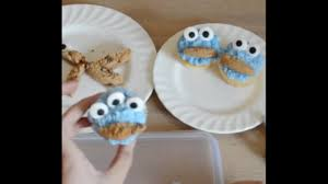 quick and easy cookie monster cupcake decorations for kids