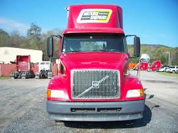 2008 volvo semi truck volvo vnl64t300 day cab semi trucks for sale mylittlesalesman com