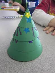 oh the many ways to make christmas trees in preschool