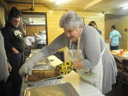 salvation army feeds the hungry for thanksgiving